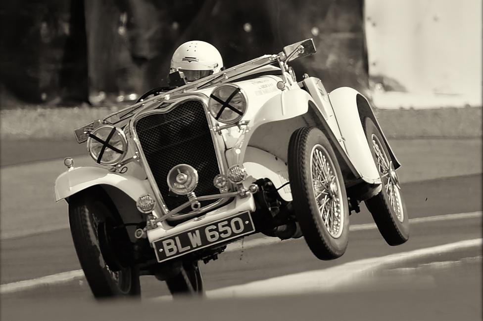 Fotografía de José Bueno para Nthephoto. Realizada en Le Mans Classic 2014. Recuerdo que me situé en una curva donde suelen ocurrir