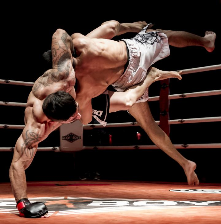 Fotografía de Juan Luis Recio para Nthephoto. Combate de MMA Profesional